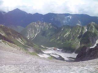 穂高岳山荘にいます